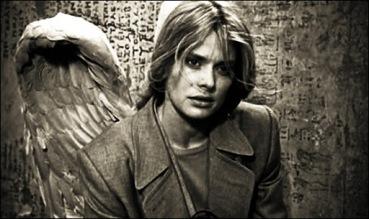 Raphaella (Nastassja Kinski), en ¡Tan lejos, tan cerca!